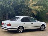 BMW 520 1991 года за 1 100 000 тг. в Семей – фото 3