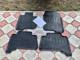 Комплект резиновых поликов на LC 150 за 12 000 тг. в Алматы