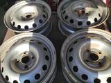 Заводские диски 4/100 R 15 Kia Rio (Hyundai Accent) за 4 950 тг. в Павлодар – фото 2