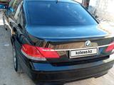BMW 745 2002 года за 2 900 000 тг. в Актау – фото 2