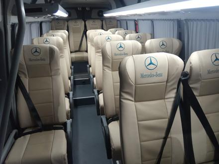 Аренда микроавтобуса Мерседес в Атырау – фото 2