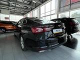 Chevrolet Malibu 2020 года за 12 430 000 тг. в Уральск – фото 3