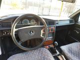 Mercedes-Benz 190 1991 года за 2 000 000 тг. в Атырау – фото 3