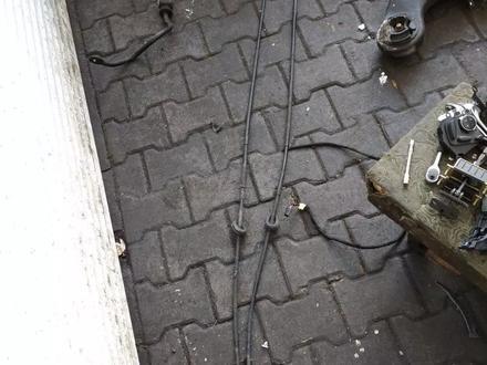 Тросы ручного тормоза w211 за 111 тг. в Алматы