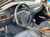 BMW 318 2008 года за 3 600 000 тг. в Атырау – фото 2