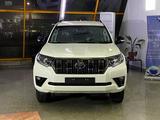 Toyota Land Cruiser Prado Prestige 4.0 2021 года за 36 500 000 тг. в Алматы – фото 2