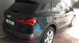Audi Q5 2019 года за 23 900 000 тг. в Алматы – фото 2