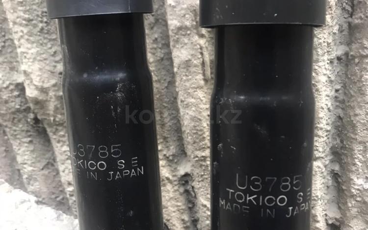 Передние амортизаторы — оригинал за 12 000 тг. в Алматы