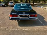 Ретро-автомобили Mercedes-Benz 1977 года за 25 700 000 тг. в Алматы – фото 5