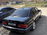 Mercedes-Benz E 430 1996 года за 3 200 000 тг. в Павлодар – фото 5