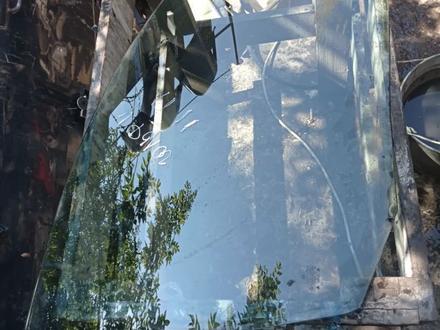 Боковые стекла за 6 000 тг. в Алматы