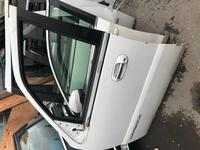 Двери на Lincoln Navigator 2004 за 555 тг. в Алматы