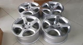 Комплект дисков r17 5*112 на Mercedes за 150 000 тг. в Актау