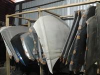 Капот, решётка капота за 60 000 тг. в Алматы