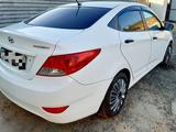 Hyundai Accent 2013 года за 5 000 000 тг. в Атырау – фото 2